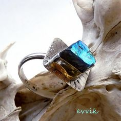evvik / labradoritový surovec Gemstone Rings, Gemstones, Jewelry, Jewlery, Gems, Jewels, Jewerly, Jewelery