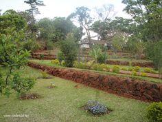 Google Image Result for http://www.zimbridal.net/wp-content/flagallery/glen-gardens/glen-gardens-terraced-garden.jpg