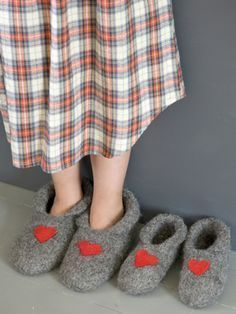 Nordic Yarns and Design since 1928 Felt Shoes, Baby Shoes, Yarn Crafts, Felt Crafts, Crochet Slippers, Knit Crochet, Sewing For Kids, Knitting Socks, Knitting Projects