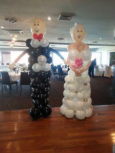 Balloon bride and groom sculptures!