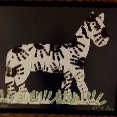 Super neat craft for kids. zebra with hand prints Preschool Jungle, Jungle Crafts, Zoo Crafts, Alphabet Crafts, Letter A Crafts, Animal Crafts, Preschool Crafts, Safari Crafts, Preschool Teachers