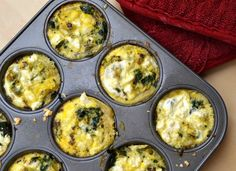 mini feta and spinach frittata Veggie Recipes, Appetizer Recipes, Healthy Recipes, Veggie Food, Healthy Food, Breakfast Dishes, Breakfast Recipes, Frittata Recipes, Spinach And Feta