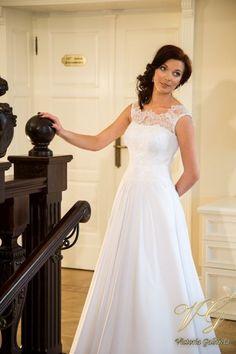Suknia ślubna nr 12 z kolekcji Toscana #victoriagabriela #weddingdress