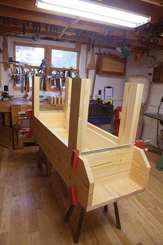 Building A Workbench, Folding Workbench, Workbench Plans, Popular Woodworking, Woodworking Bench, Woodworking Magazines, Craftsman Workbench, Batten, Diy Storage