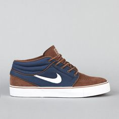 Nike SB Stefan Janoski Mid Dark Slate / Sandalwood / Medium Brown / Gum so nice! Nike Fashion, Sneakers Fashion, Sneakers Nike, Mens Fashion, Black Sneakers, Me Too Shoes, Men's Shoes, Skate Shoes, Nike Sb Janoski