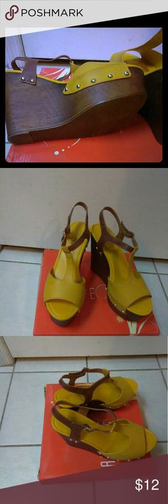 Dark Yellow Wedges with a brown bottom Size 8 Brand New / Gold  color Rouge Helium Shoes Wedges