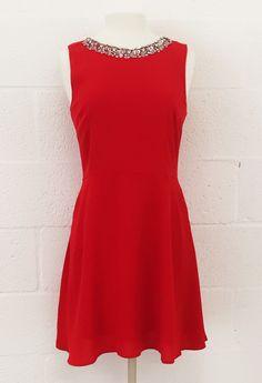 Hoola... Este es mi blog en el que publicare de todo,espero que os guste.  Este es un vestido rojo con un poco de vuelo a mi me encanta y a vosotros????