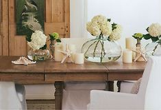 Love how designer Brooke Giannetti bring seaside textures to the table.