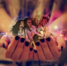 Whoever made this is AWESOME!!! @Kris Gruber Edwards✔ @Leigh Anne Pinnock @Jes Yeager Nelson @Jade Alvarez Thirlwall
