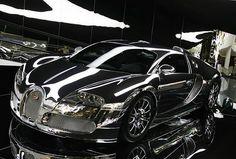 Mirror-Finish Black Beauty Bugatti Veyron