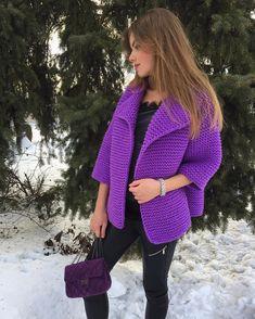 54 отметок «Нравится», 25 комментариев — ВЯЗАНЫЕ ВЕЩИ И АКСЕССУАРЫ🌸💖🎀 (@sovaknitwear) в Instagram: «💜В НАЛИЧИИ 💜очень красивый , яркий, тёплый кардиган из мериноса на весну 🌸🌺💐🍀🌱🌳🌿 Доступен к заказу…» Aran Knitting Patterns, Free Knitting, Free Crochet, Sweater Jacket, Knit Cardigan, Crochet Fashion, Cool Patterns, Sweater Fashion, Lana