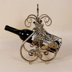 Luxurious Wine Bottle Holder