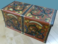 Telemark Rosemaling Designs | ... Trunk--entry for 2011 Vesterheim National Rosemaling Competition