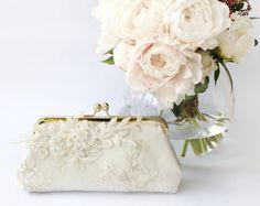 Alencon Lace Bridal Clutch Bag | by ANGEE W. | http://emmalinebride.com/bride/lace-bridal-clutch-bag/