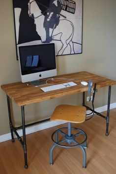 Inspiration : Galvanized pipe desk/table. Could also add a shelf, use casters. #DIY #furniture