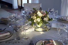 I Migliori Wedding Planner di Roma Wedding Planner, Italy Wedding, Table Settings, Table Decorations, Weddings, Home Decor, Rome, Wedding Planer, Decoration Home