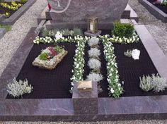 Bild 1 aus Beitrag: Allerheiligen 2010: Grabschmuck in Schwaben