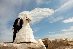 18 Intimate Glimpses At Weddings From Around The World