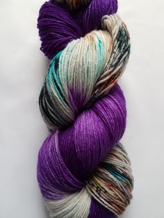 Hand Dyed 4ply Superwash Sock Yarn 100g 400m - Anemone 2 Fearless Yarn