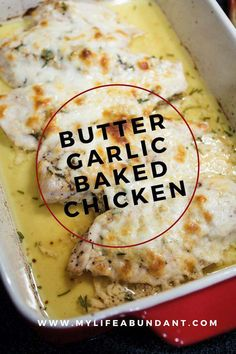 Looking for an easy to make chicken dinner? Butter Garlic Baked Chicken has simple ingredients of butter, garlic and rosemary. Oh so good abendessen Butter Garlic Baked Chicken Turkey Recipes, Meat Recipes, Cooking Recipes, Healthy Recipes, Recipies, Garlic Recipes, Cooking Games, Healthy Breakfasts, Pasta