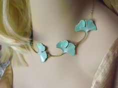 Ginkgo Leaf Necklace - Elven Nature Jewelry Leaf Necklace - Leaf Jewelry, Mint Green Ginkgo Leaves Choker - Hand Painted Pastel Green Leaves
