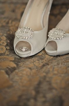 I like this idea for a shoe/wedding ring pic...