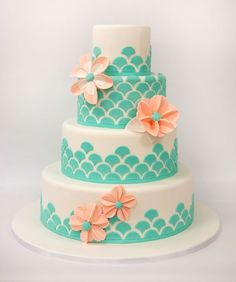 Mermaid wedding cake teal scallops