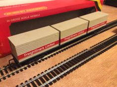 FFA with 3 x 20' freighliner containers by Hornby MIB 02/04/16 from bwwmrc exhibit
