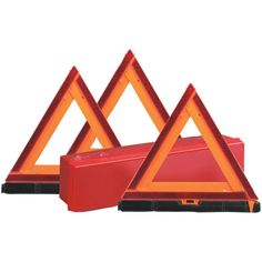 Safety first. Make safety a priority with this reflective Early Warning Triangle Triple Kit from Sate-Lite. Throw this kit in your trunk and rest assured you are prepared to warn people away from your vehicle should it become disabled.