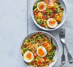 Combine two Indian-inspired classics in this paneer and kedgeree mash-up. It's a quick and easy veggie dinner that delivers two of your Bbc Good Food Recipes, Veggie Recipes, Vegetarian Recipes, Dinner Recipes, Healthy Recipes, Bbc Recipes, Dinner Ideas, Veggie Dinners, Budget Recipes