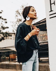 Street Style Looks Your Wardrobe Needs This Spring - - 99 Amazing Ideas To Copy ASAP - Street Style Outfit Trends Looks Street Style, Street Style Summer, Looks Style, Style Me, Spring Style, How To Style, Casual Summer Style, Summer Street Fashion, Street Style Fashion