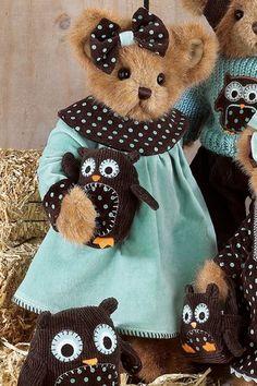 Bearington Bears - Heather & Hooter 14 Inches and Retired Vintage Teddy Bears, Cute Teddy Bears, Big Teddy, Teddy Bear Cartoon, Teddy Bear Pictures, Teddy Bear Clothes, Tartan, Boyds Bears, Love Bear