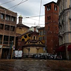 Forecast for  today.. rain side Lombardy.  #lombardia #milano #provincia #green #verde #primavera #spring  #lombardia #italia #cascine #oldbuilding #fattoria #fazenda #flower #flowers #rain  #church #amazing #oldbuildings #art #streetart #cielo #pioggia by sergiosierra67