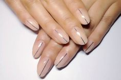 15 Chic and Modern Minimalist Nail Art Design Ideas - http://slodive.com/nails-2/15-chic-modern-minimalist-nail-art-design-ideas/