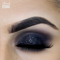 "Eye mack up History of eye makeup ""Eye care"", in other words, ""eye make-up"" has Dark Eye Makeup, Smoky Eye Makeup, Smokey Eye Makeup Tutorial, Makeup Eye Looks, Eye Makeup Steps, Beautiful Eye Makeup, Eye Makeup Art, Natural Eye Makeup, Makeup For Brown Eyes"