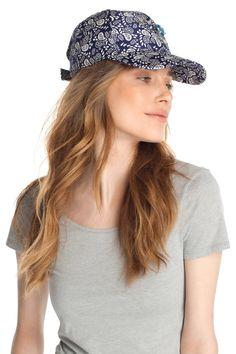 2cf15fd6d54 Esprit   Cappello stampato con pietre decorative nel nostro shop on-line