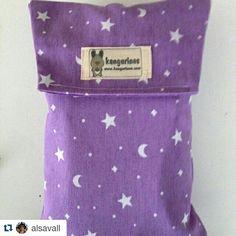 @alsavall ya tiene preparada su bolsita con los pañales de su peque limpios y ordenados  A qué esperas tú para hacerte con la tuya??   http://kangurines.com/catalogo/bolsas-porta-panales/   #kangurines #bolsaportapañales #portapañales #pañalera #pañales #handmade #hechoamano #diapersbag #bag #diapers #diaperspocket #pocket #estuche #estuchepañales #bebesymamas #bebe #mama #mamamolona #canastilla #canastillabebe   ・・・ Me encanta mi bolsa porta pañales de @kangurines