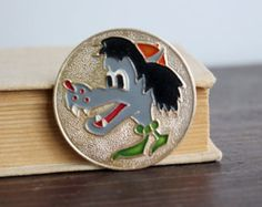 Soviet Vintage Nu Pogodi Pin, Vintage Cartoon Badge, Soviet Pin Button, Volk Wulf Pinback, Metal, Collectible, USSR era 1970s