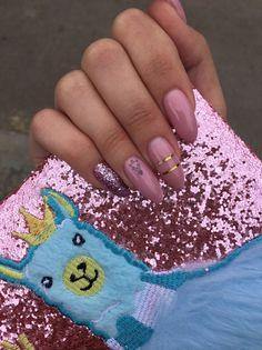 February 03 2020 at nails Aycrlic Nails, Oval Nails, Pink Nails, Glitter Nails, Almond Acrylic Nails, Cute Acrylic Nails, Cute Nails, Stylish Nails, Trendy Nails