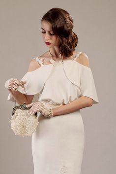 Bette hand crochet gloves and purse set