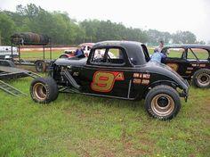Coupe Dirt Racing, Nascar Racing, Old Race Cars, Vintage Race Car, Car Makes, Dirt Track, Pavement, Rat Rods, Railroad Tracks