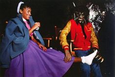 Michael and Ola Ray on the set of Thriller Michael Jackson Thriller, Michael Jackson Zombie, Michael Jackson Doll, Thriller Video, Thriller Album, The Boy Is Mine, Jackson Music, The Jacksons, Couple Halloween