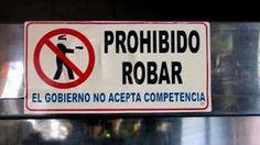 Cartel en México: Prohibido Robar. El gobierno no acepta competencia.
