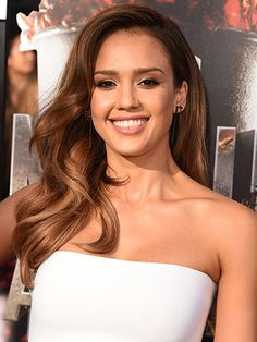 15 Ways to Show Off Long Hair - Jessica Alba
