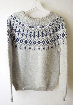Islandske stil jacquard sweater dertrøje hånd strikket uld og alpaca Fair Isle Knitting Patterns, Knitting Charts, Knitting Designs, Knitting Yarn, Hand Knitting, Tejido Fair Isle, Punto Fair Isle, Norwegian Knitting, Icelandic Sweaters