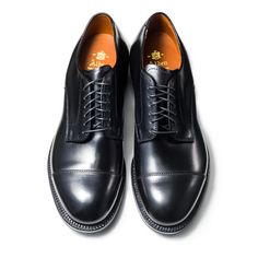 56610   ALDEN   THE LAKOTA HOUSE Cap Toe Ox. Last:Modified Material:Calf Color:Black Width:D Sole:Single Leather Made in U.S.A.