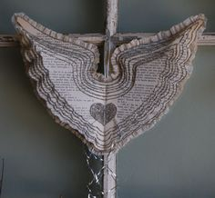 Vintage Italian Paper Wings  ~I don't care for the shape of the wings but I love the idea~