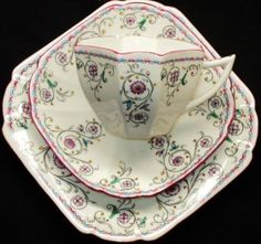 Shelley Queen Anne scroll Tea cup and saucer Teacup  Trio PLATE