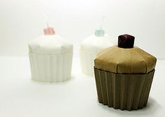 paper cup cake (paper folding artist redpaper) Tags: cup cake paper origami folding jongiejupgi vision:outdoor=0709