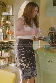 Lorelai's bird print pencil skirt on Gilmore Girls: A Year in the Life.  Outfit Details: https://wornontv.net/63343/ #GilmoreGirls